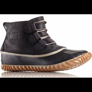 Sorel leather duck boots